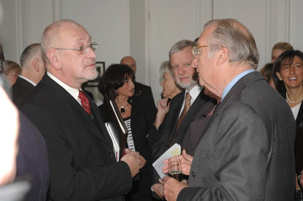 Lesthaeghe discussing the new Belgian pension legislation with HRM King Albert II